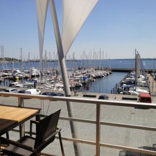 """Apartmenthaus Hafenspitze  Ap. 22 """"Lachende Möwe"""" mit Sauna, Blickrichtung offene See - Eckernförde"""