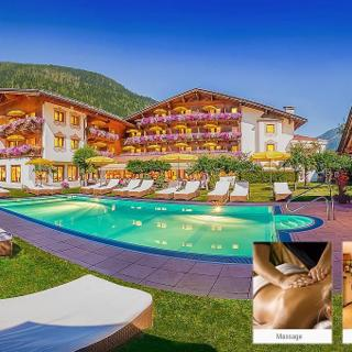 Alpenhotel Tirolerhof - Doppelzimmer Deluxe, Dusche oder Bad, WC - Alpenhotel Tirolerhof - Doppelzimmer Deluxe, Dusche oder Bad, WC