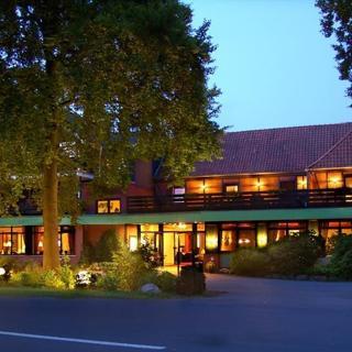 Hotel Heide Kröpke - Familienzimmer, Dusche und Bad, WC - Hotel Heide Kröpke - Familienzimmer, Dusche und Bad, WC