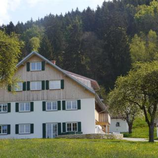Schmelzenbacher Hof - Ferienwohnung B / Dusche, WC / 2 Schlafräume - Schmelzenbacher Hof - Ferienwohnung B / Dusche, WC / 2 Schlafräume