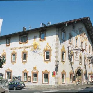 Hotel - Gasthof zur Goldenen Traube - Familienzimmer mit 2 Bäder - Hotel - Gasthof zur Goldenen Traube - Familienzimmer mit 2 Bäder