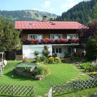 Jagdhaus Hiemer - Ferienwohnung Gams - 2 Schlafzimmer, Balkon - Jagdhaus Hiemer - Ferienwohnung Gams - 2 Schlafzimmer, Balkon