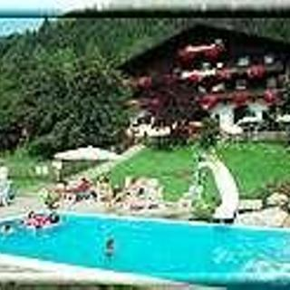 Limberghof, Gasthof - Vierbettzimmer mit Dusche, WC - Limberghof, Gasthof - Vierbettzimmer mit Dusche, WC