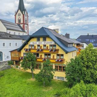 """ÖRGLWIRT'S FERIENWELT - Hotel Post Örglwirt - Doppelzimmer """"Enzian"""" mit Dusche od. Bad, WC - ÖRGLWIRT'S FERIENWELT - Hotel Post Örglwirt - Doppelzimmer """"Enzian"""" mit Dusche od. Bad, WC"""