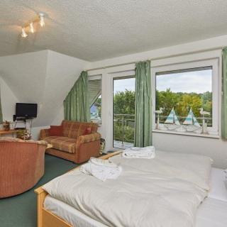 Doppelzimmer mit Balkon Haus Dorfstraße - Mühbrook