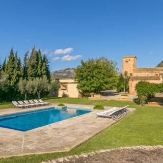 Historical house Mallorca pool wifi aircon/heat sleeps 12-14 - Andratx