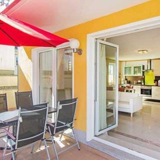 Villa Europa - Wohnungen mit Kamin und gemeinsamen Pool - Wohnung Typ 1 mit Terrasse und Kamin - Heringsdorf