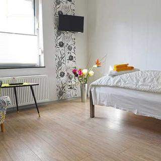 boardinghouse in Oldenburg - Comfort-Ferienwohnung - Oldenburg