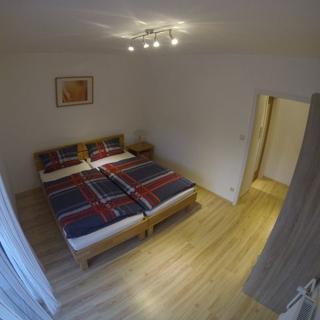 Smart Liv'in Laabnerhof - Standard Apartment mit Wohn - und Schlafbereich - Brand - Laaben