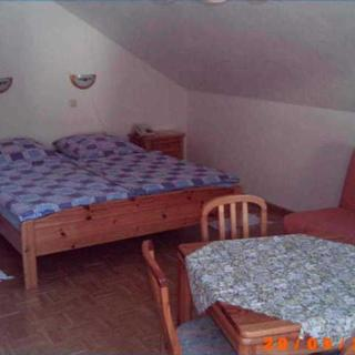 Ferienappartements Brüstle - Ferienwohnung 5 40qm, 1 Wohn-/Schlafbereich, max. 5 Pers - Freiburg