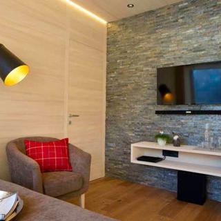 n Apartments Hotel **** - n 07 2-4 Personen - 2. OG - ca. 57 m2 - Schoppernau