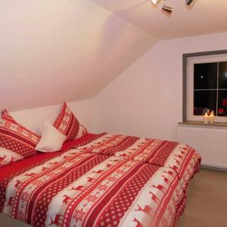 Gästehaus Astenblick auch für kleine Gruppen alleine buchbar - Appartement Neuastenberg 1 - 4 Personen - Winterberg