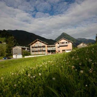 n Apartments Hotel **** - n 05 2-5 Personen - 1. OG - ca. 78 m2 - Schoppernau