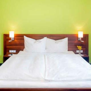 Pension ANNA, Ferienwohnungen & Komfortzimmer - Garten Suite - St. Lorenz am Mondsee