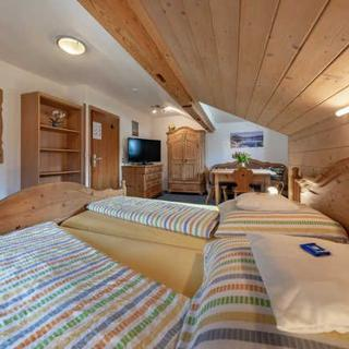 Gästehaus Forelle am See - Ferienwohnung Schwalbennest - Schliersee