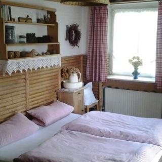 Gästehaus zum alten Schulhaus - Doppelzimmer - Miltenberg