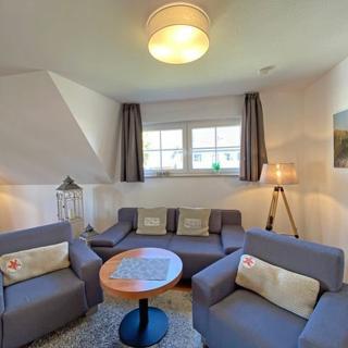 A: Ferienwohnung 09 Am Selliner See - Haus 2 Fewo 09 Am Selliner See mit Balkon - Sellin
