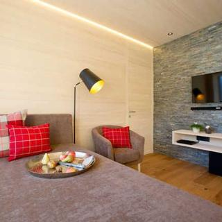 n Apartments Hotel **** - n 08 2-6 Personen - 2. OG - ca. 85 m2 - Schoppernau