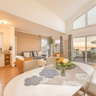 """Victoria Appartements mit Meerblick"" - Penthouse STRANDBURG - traumhafter Meerblick - Binz"