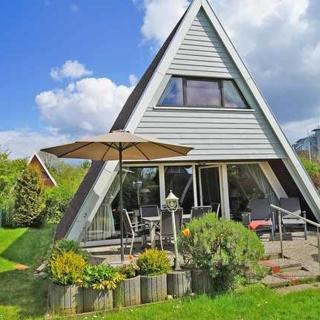 Zeltdachhaus - sehr strandnah - extra TV im Schlafzimmer - Zeltdachhaus mit Zaun - 5 Minuten bis zum Strand - Damp