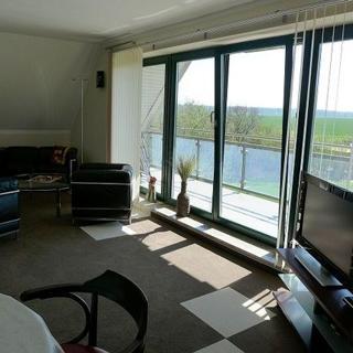 Haus MANTUJA - Ferienwohnung III - Saal