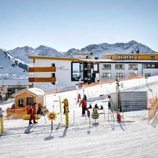 Alpenresort Walsertal - Das 4 Sterne Hotel 'Ganz oben' - DZ mit Balkon - Fontanella/Faschina