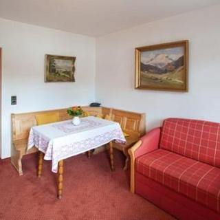 Gästehaus Zibert - Ferienwohnung Kettemann + Padua - Rottach-Egern