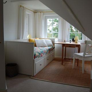 LANDHAUS PILSUMER HOF - Ferienwohnung Turmzimmer - Krummhörn