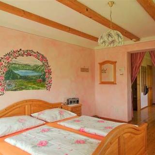 Sunnhof - Krempler - Mehrbettzimmer Rose - Oberhofen am Irrsee