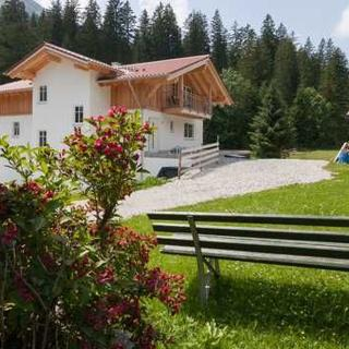 Haus Florian Guem - FeWo 1 - Nesselwängle