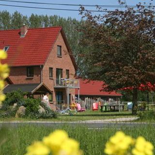 Familien- Ferienhof*** Ostseeland Rerik - XL (5+6) / 7 Raum Ferienhaus (138m²; max. 10 Pers.) - Rerik