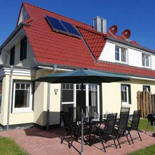 Ferienhaus Hühnergott - Kranichnest - Ferienhaus 4 Schlafzimmer, 2 Bäder - Juliusruh