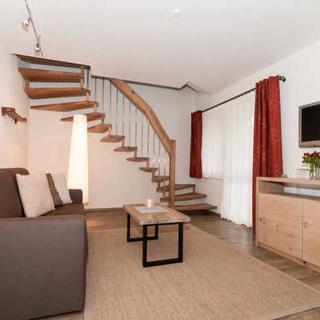 Ferienwohnungen Trinkl - mit Hotelservice - 3-Raum Maisonette Whg. FREIHAUS - Bad Wiessee
