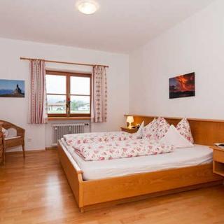 Gästehaus Ferienwohnungen Liedschreiber GbR - Ferienwohnung 10 - Rottach-Egern