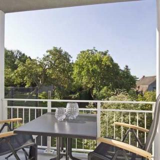 Ferienresidenz Zwei Bodden - ZB1-2 - moderne FeWo mit Balkon und 1 sep. Schlafzimmer - Lietzow