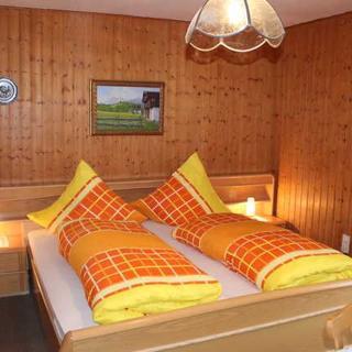Gästehaus zum Zitherklaus - Doppelzimmer Nr. 3 - Fischbachau