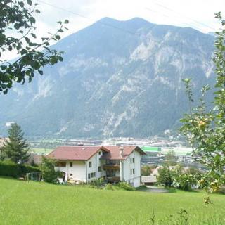 Haus Paregger - Doppelzimmer - Buch in Tirol