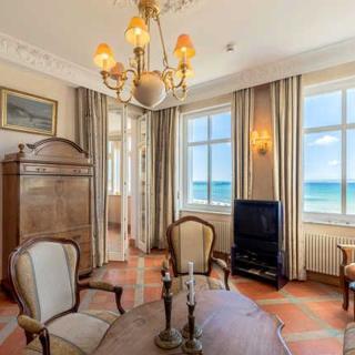 """Villa """"Strandeck"""" direkt am Strand, mit Ostseeblick, TOPLAGE - SE Whg 3**** - Binz"""