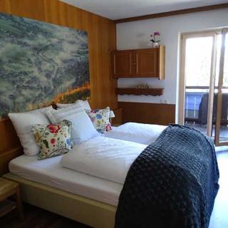 Appartementhaus Mayrhofen - Ferienwohnung 'Grünberg' für 10 Personen - Mayrhofen