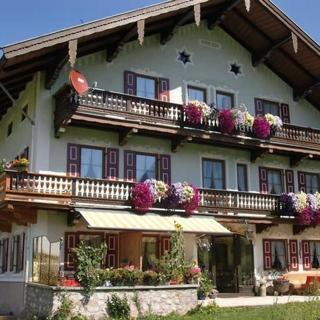 Hutzenauerhof - Ferienwohnung Almerausch - Ruhpolding