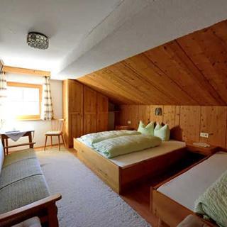 Sonnenhof - Doppelzimmer mit HALBPENSION - Pfunds