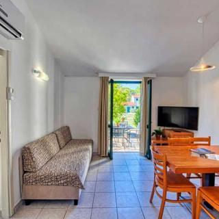 Luxury  Resort - Appartements 3***/5 Personen - Nin