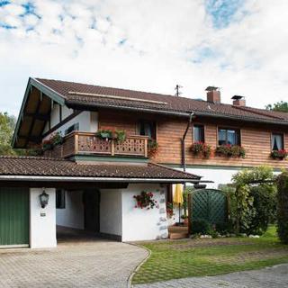 Ferienwohnungen Irber - Ferienwohnung 50 m² - Rottach-Egern
