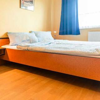 NoHotel - Lampes Piraten Koje - Doppelzimmer mit Couch - Dranske