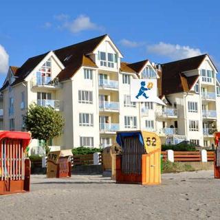 Strandhotel 24 - StraH24 Strandhotel 24 - Laboe