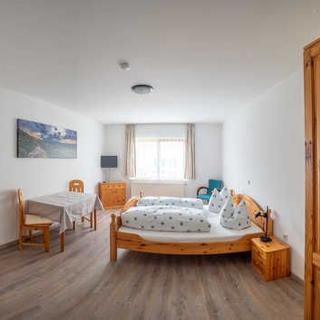 Gästehaus Marion - Doppelzimmer - Dettingen an der Erms