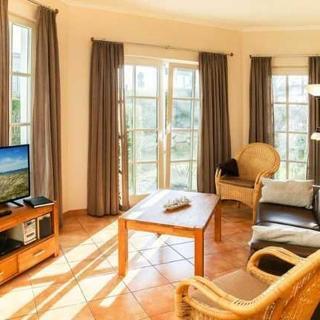 """Appartementhaus """"Atlantik"""" - (100) 3- Raum- Appartement mit Terrasse-Ostlage - Kühlungsborn"""