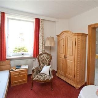 Gästehaus Zibert - Einzelzimmer II - Rottach-Egern