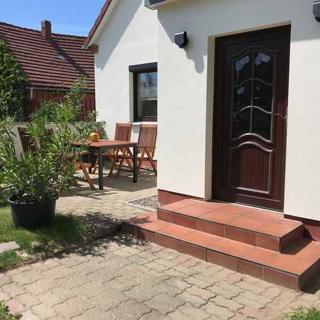 Ferienwohnungen Landhaus Idylle nahe Ostseebad Rerik - Fewo 1 /3 Raum (56 m², max 4 Pers.) Haustier willkommen - Zweedorf