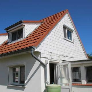 Ferienhaus Boddenblick - 2 Zimmer Ferienwohnung - Neuendorf